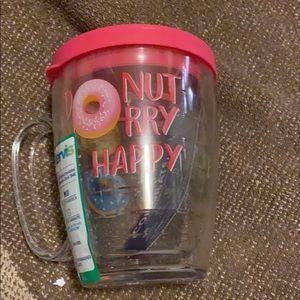 ⭐️NEW⭐️ Donut 🍩 worry b happy Tervis Mug